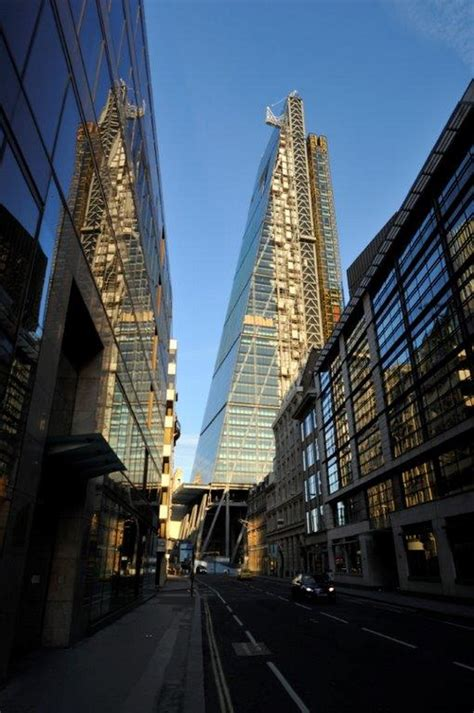 The Cheese Grater London - e-architect