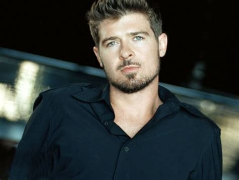 Late Alan Thicke Dissed Son Robin Thicke in His Own Will