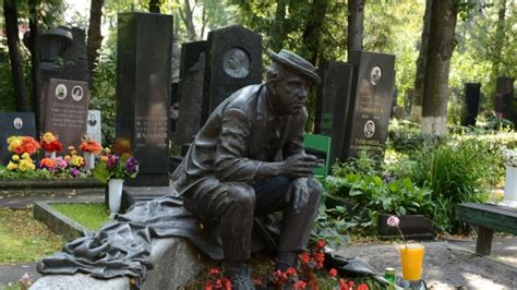 Moscow to launch Wi-Fi in cemeteries | CTV News