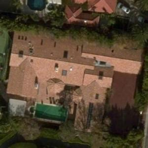 Lisa Kudrow's House in Beverly Hills, CA - Virtual